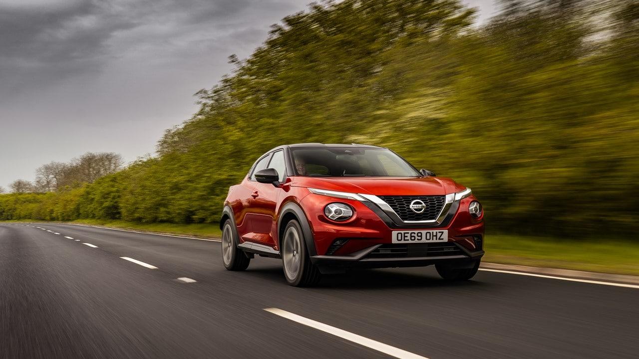 Nissan invia il miglior istruttore di guida europeo per lezioni su Juke thumbnail