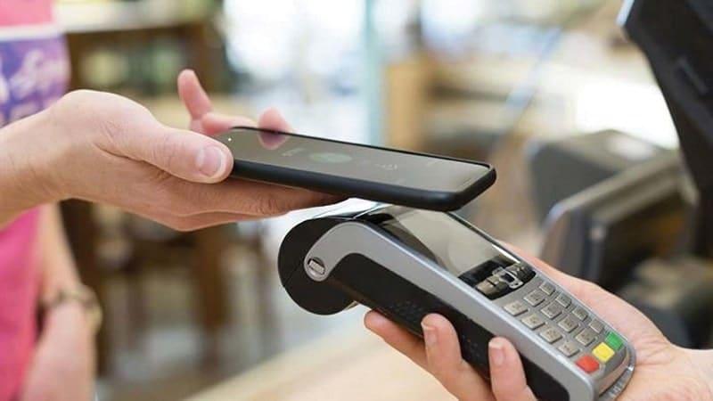pagamenti digitali cashless italia adyen-min