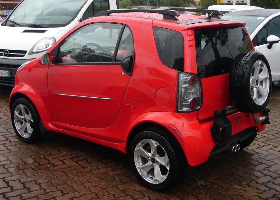 Auto copie cinesi bubble posteriore