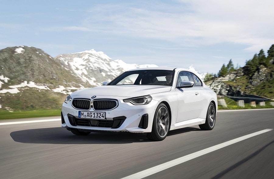 BMW Serie 2 Coupé frontale bianca