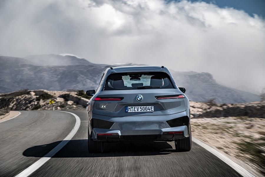 BMW iX 2021 posteriore