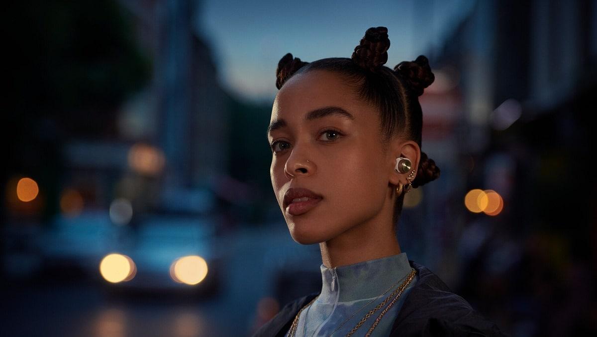 Bowers & Wilkins lancia le nuove earbuds PI5 e PI7 thumbnail