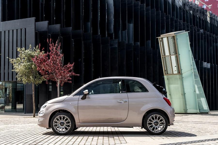 Cabrio-economiche-FIAT-500C-laterale