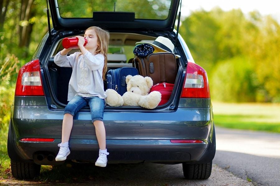 Consigli-viaggio-auto-idratazione-e-bagagliaio