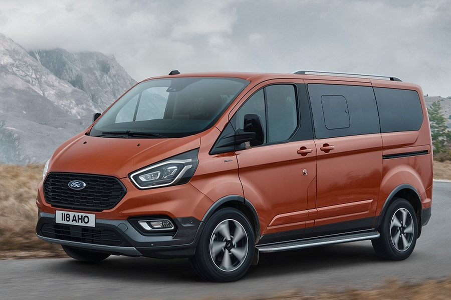Ford tourneo custom plug-in esterno