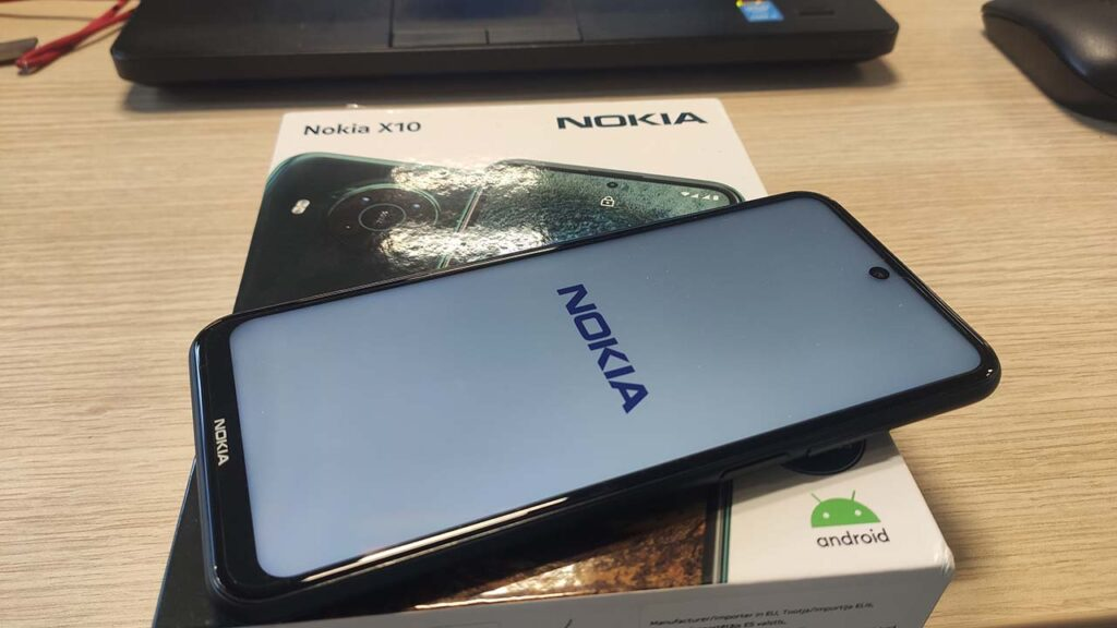 Nokia X10 recensione