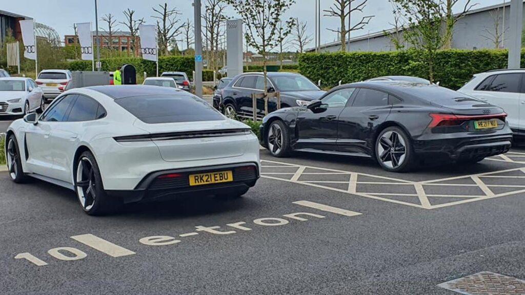 Porsche taycan Richiamo E-tron gt