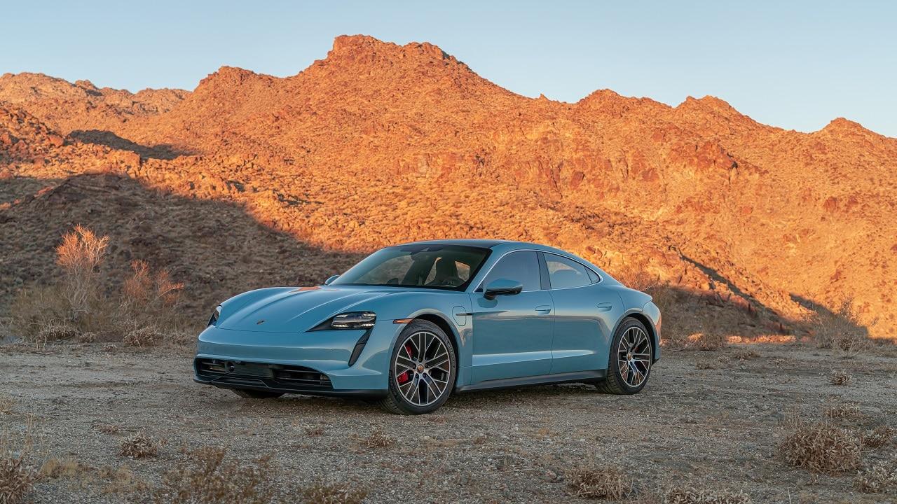 Porsche Taycan, presto arriverà un maxi-richiamo thumbnail