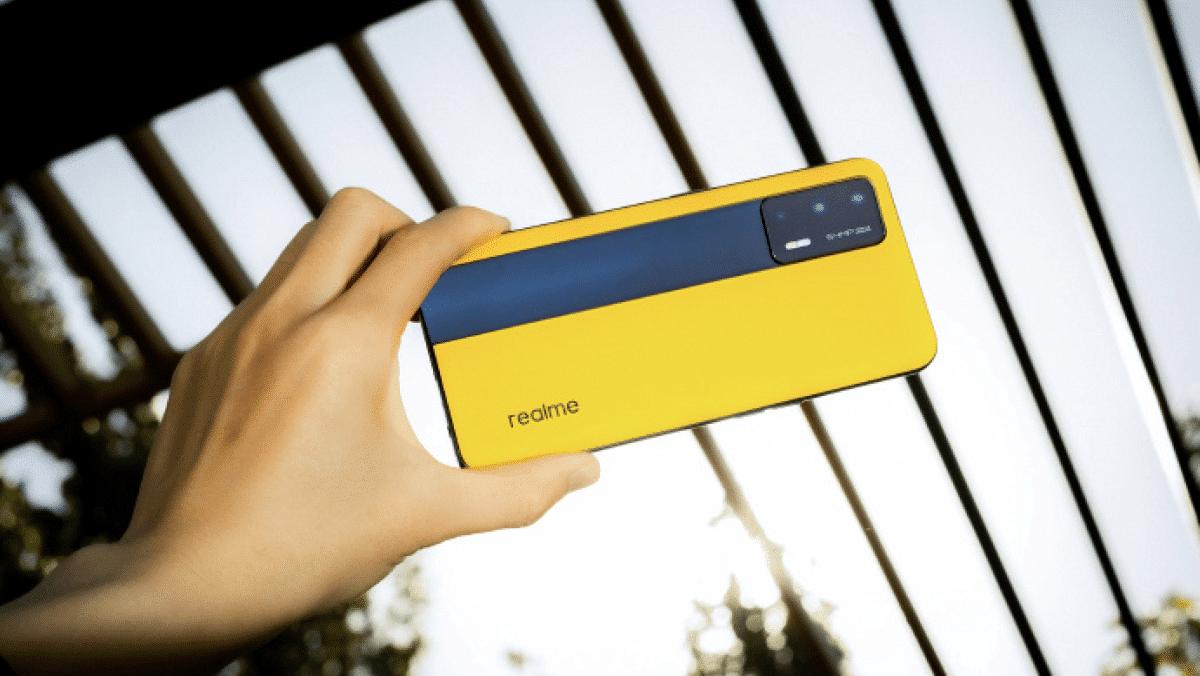 Realme 8s: render e specifiche del nuovo smartphone thumbnail
