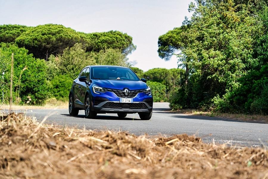 Renault Captur ibrida salita