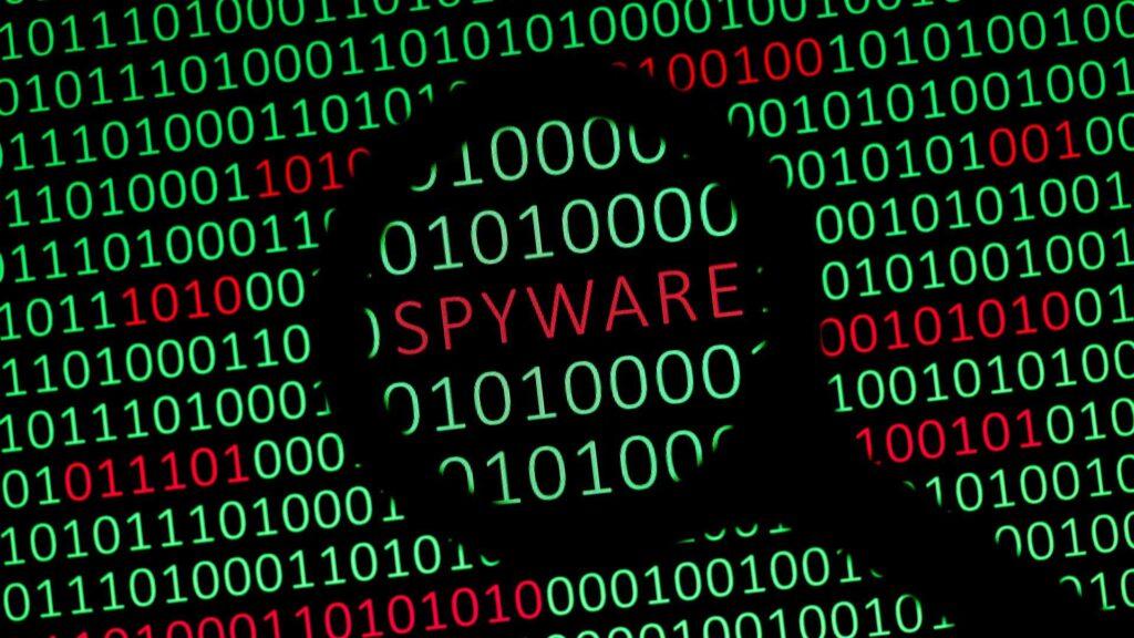 Edward Snowden contro gli spyware: i governi facciano qualcosa