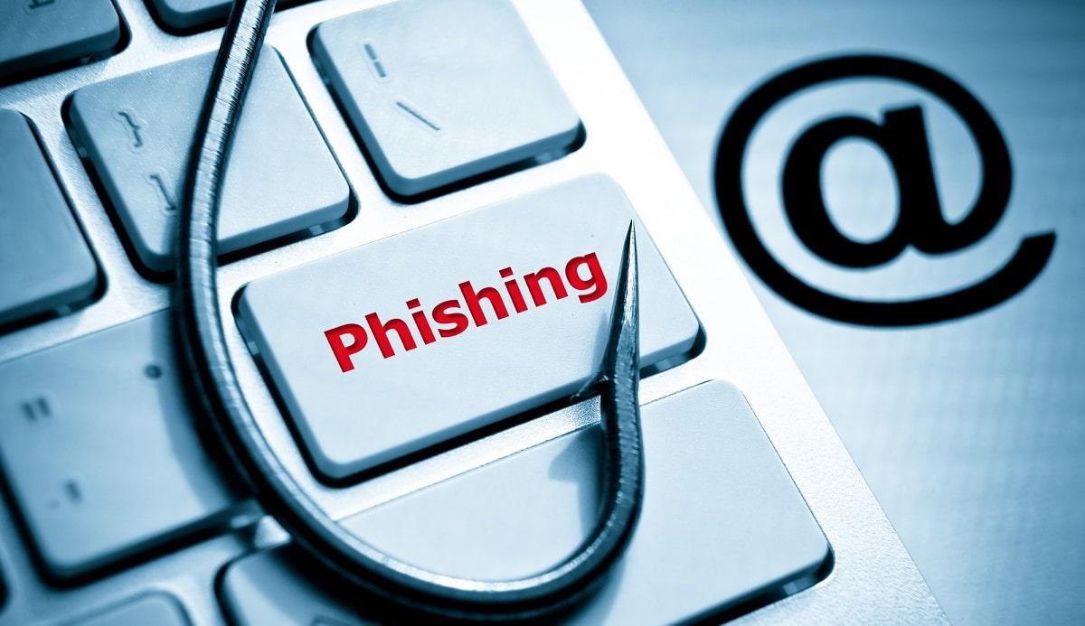 Unicredit e Intesa Sanpaolo colpite da una campagna di phishing thumbnail