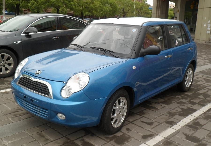 auto copie cinesi Lifan 320