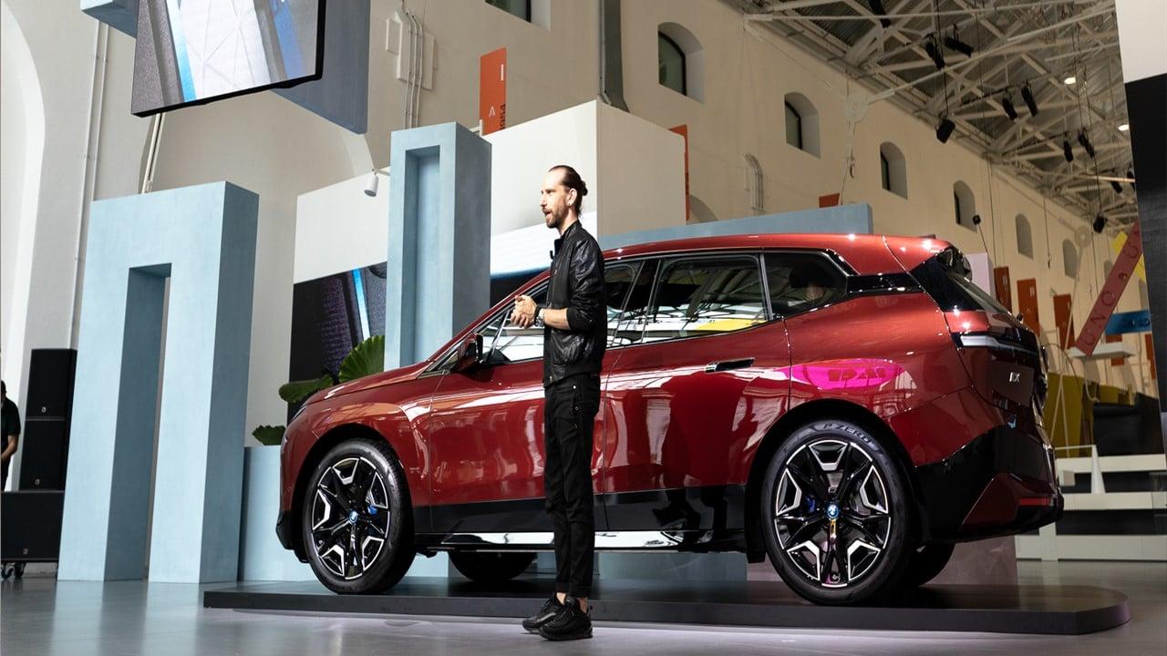 BMW iX: lo speech di Massimiliano Di Silvestre, Presidente e AD di BMW Italia thumbnail