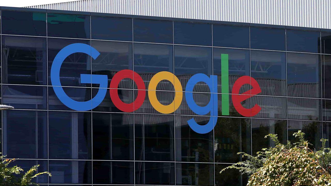 Google risponde alla causa antitrust sul Play Store thumbnail