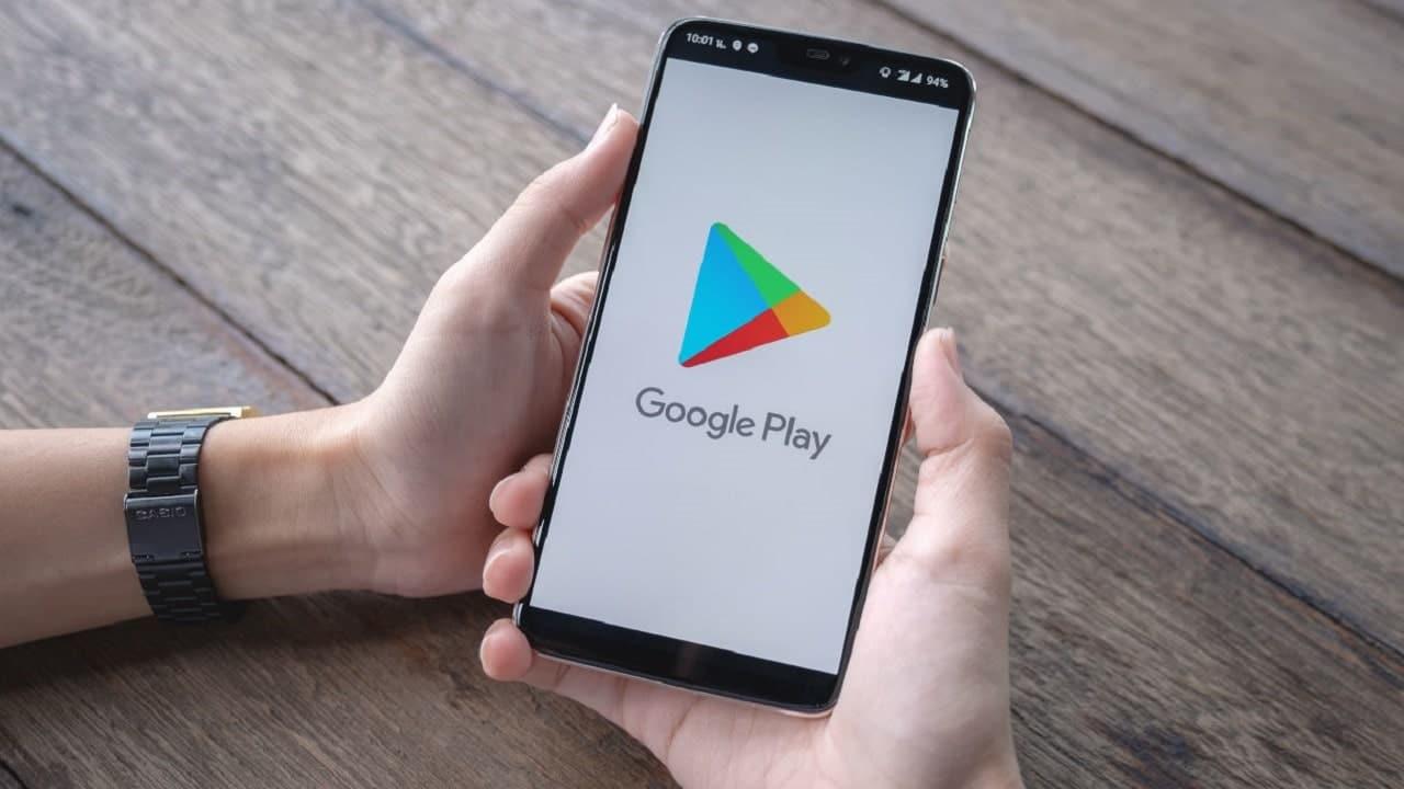 Un malware su Google Play Store ruba le password di Facebook thumbnail