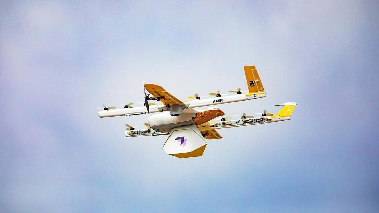 Turista multato a Milano per il volo di un drone thumbnail