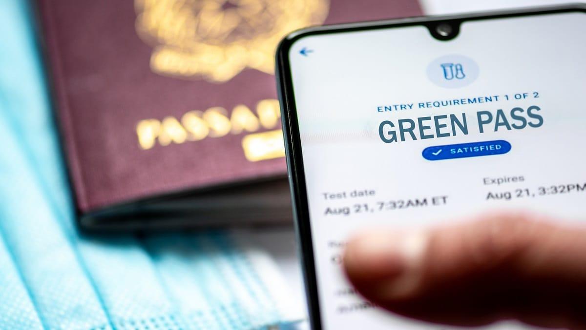 Green Pass obbligatorio: l'Italia segue l'esempio della Francia? thumbnail