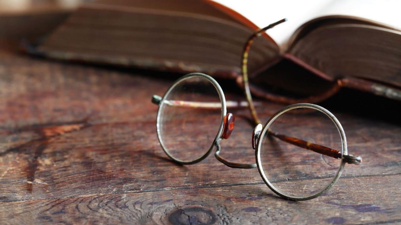 Come sono cambiati: gli occhiali thumbnail