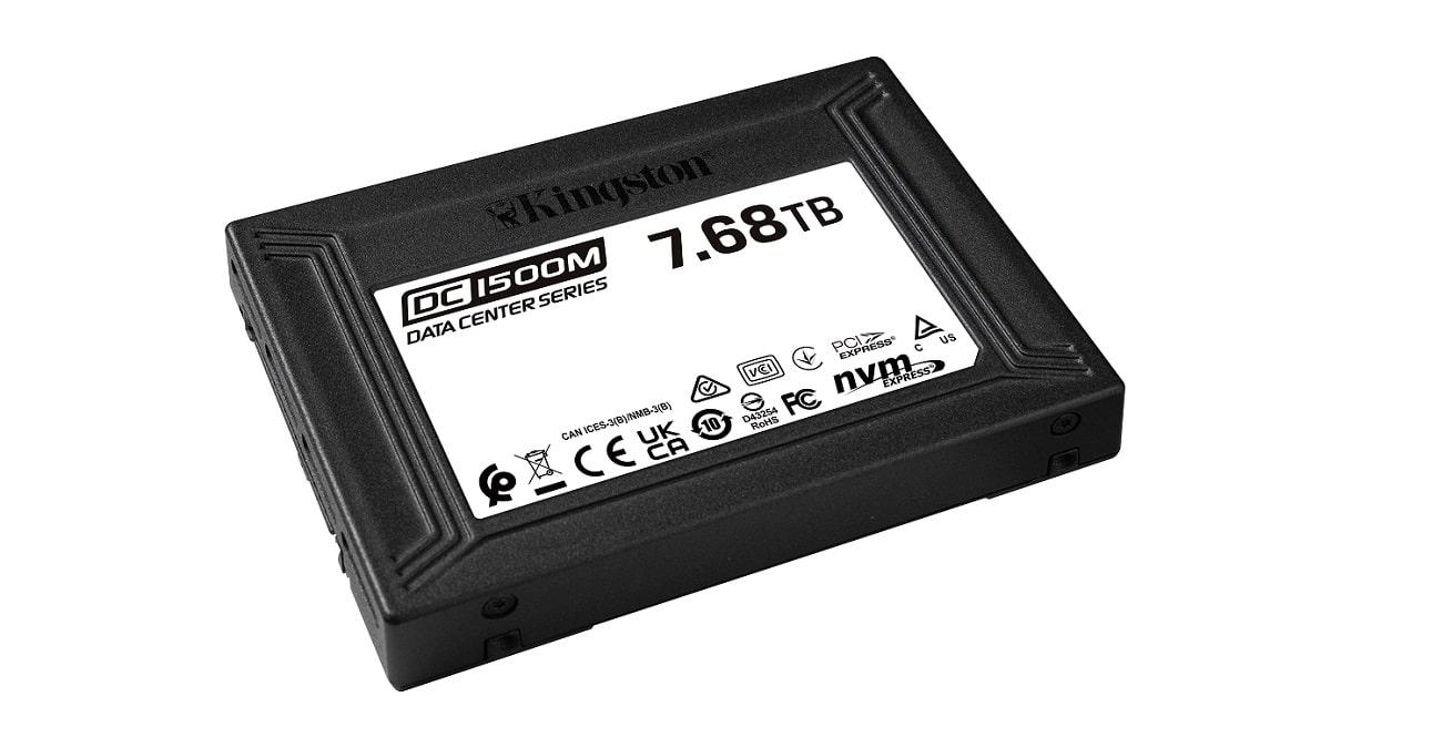 Kingston lancia il nuovo SSD NVMe DC1500M U.2 thumbnail