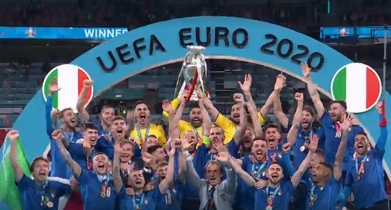 Euro 2021: l'Italia vince gli europei di calcio thumbnail
