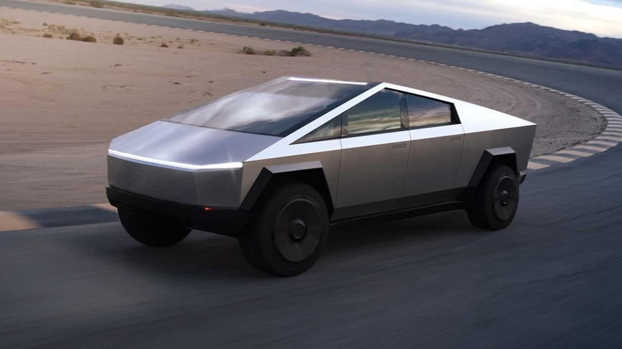 Tesla Cybertruck rimandato all'anno prossimo thumbnail