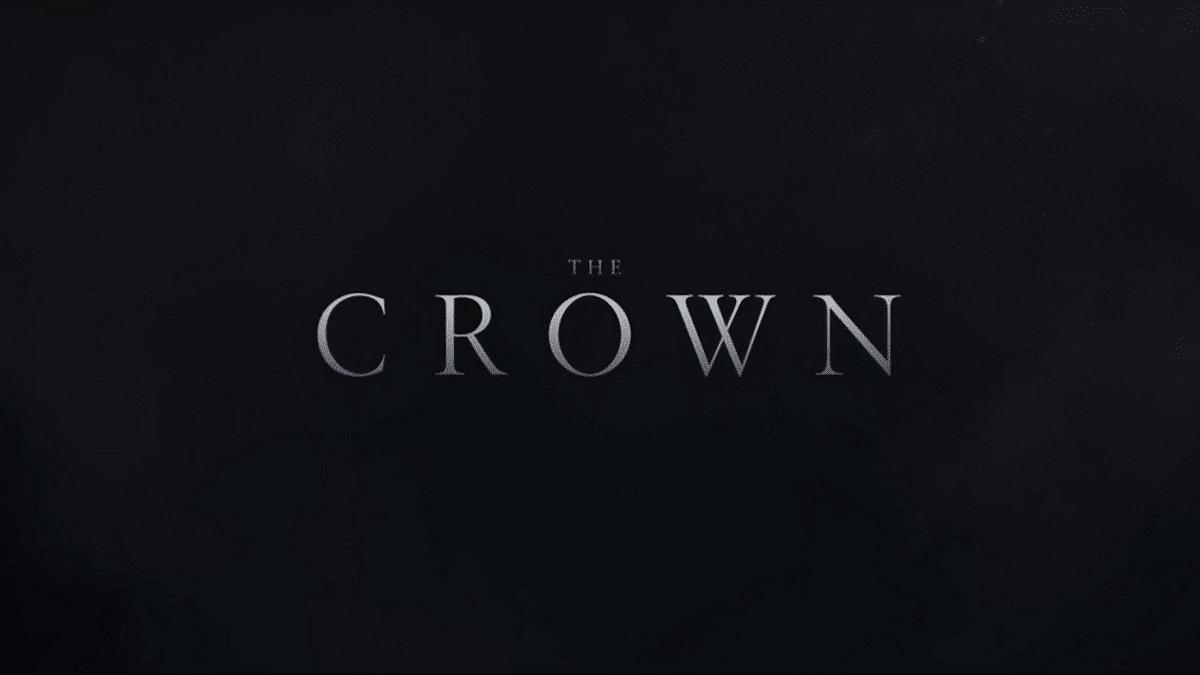 The Crown: prima immagine della Regina Elisabetta II della quinta stagione thumbnail