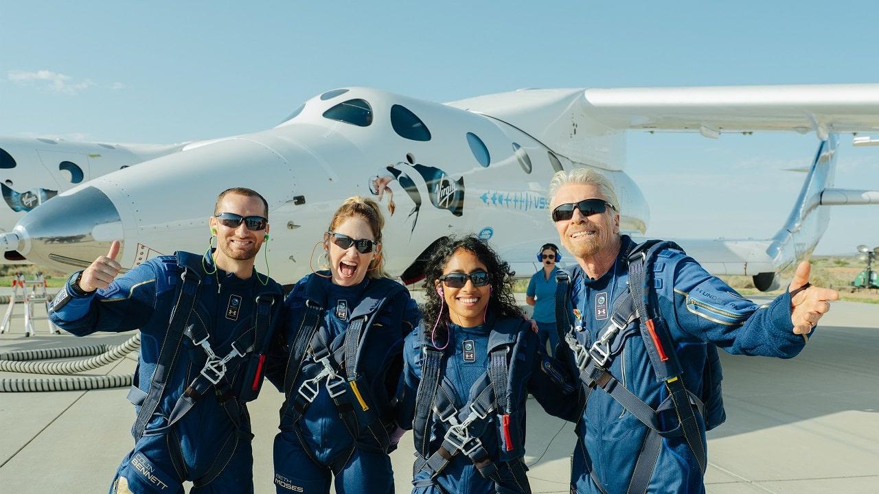 Richard Branson nello spazio: inizia l'era del turismo spaziale thumbnail