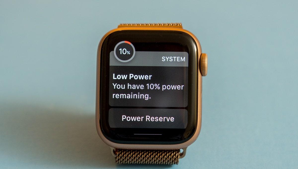 Apple Watch Series 6: scorte quasi esaurite per la versione Titanium thumbnail