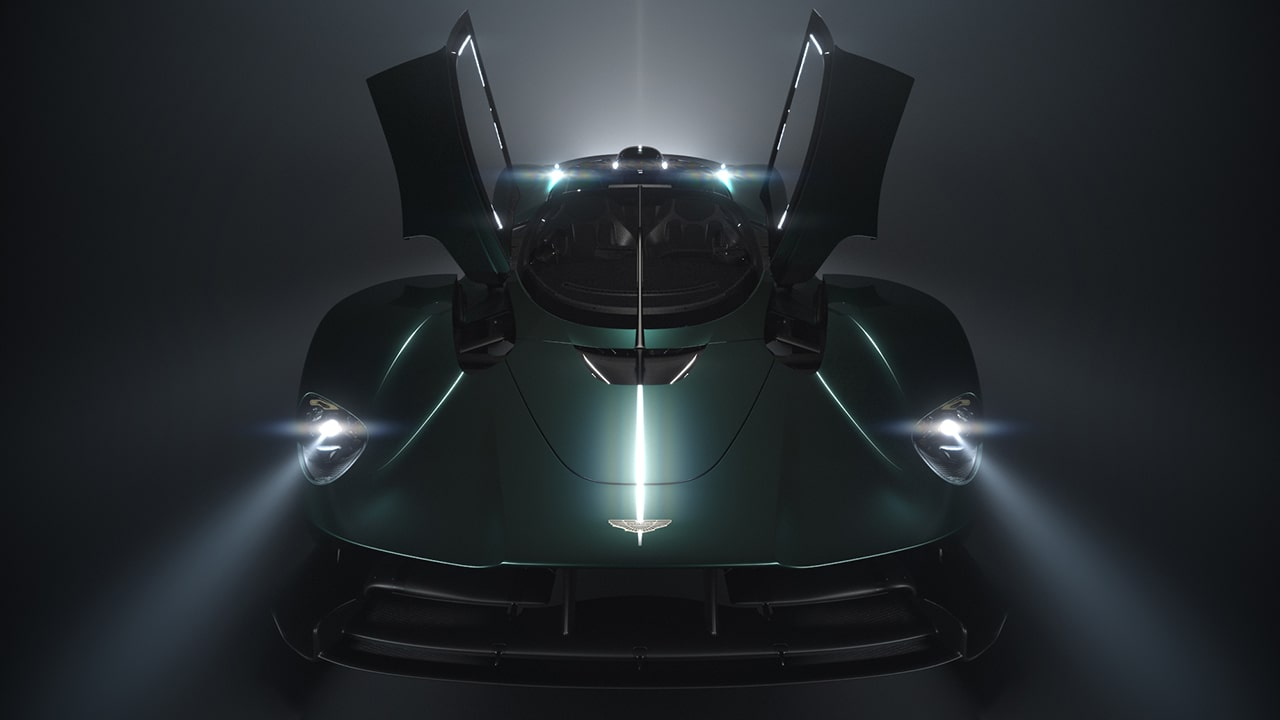 Aston Martin celebra il 70esimo anniversario con un evento di lusso thumbnail