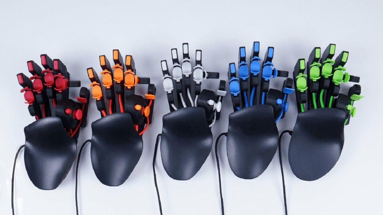 Azeron Cyborg, la tastiera next generation in arrivo a settembre thumbnail