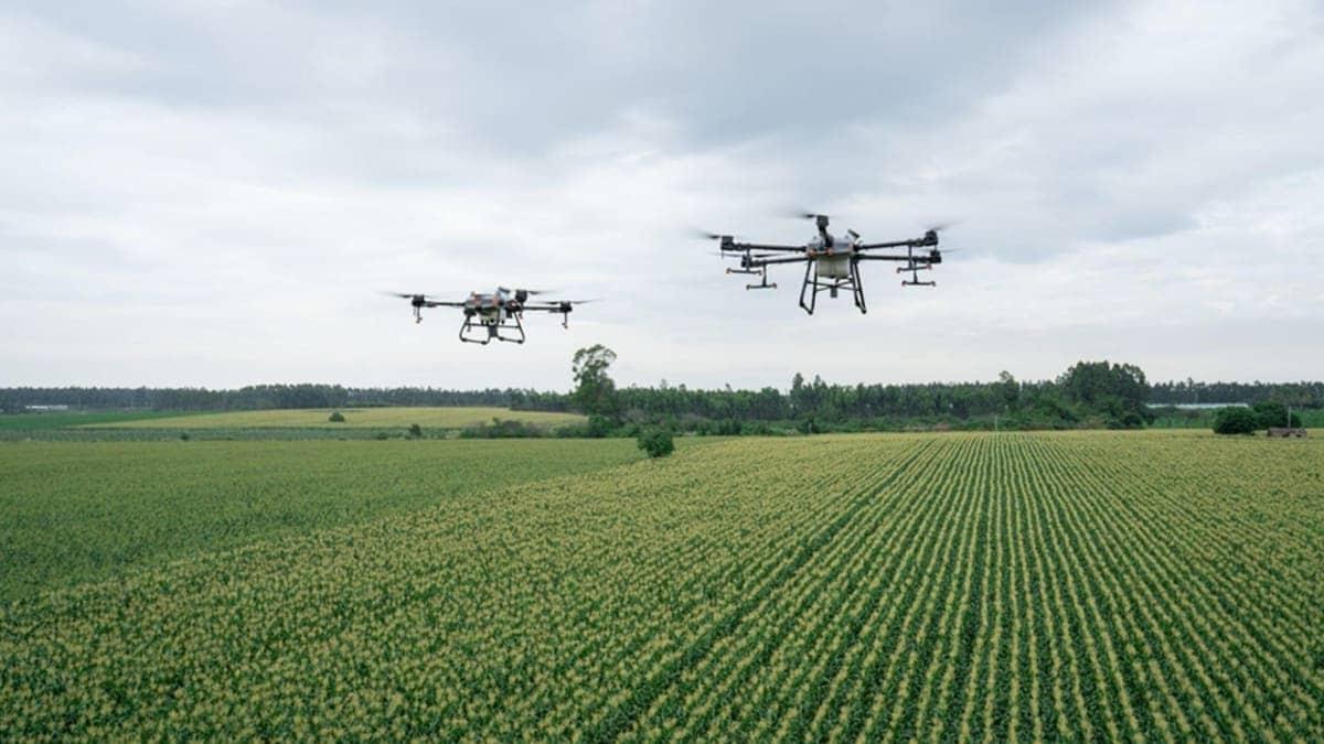DJI Agras T30 e T10 sono i nuovi droni per l'agricoltura di precisione thumbnail