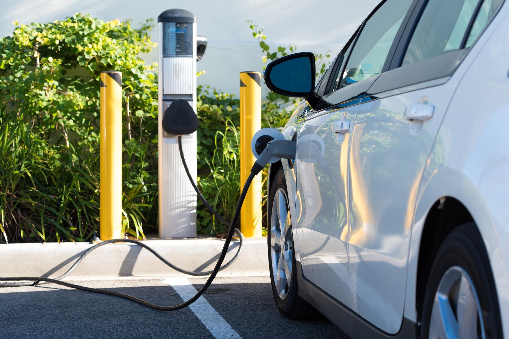 Auto elettrica: 8 miti da sfatare thumbnail