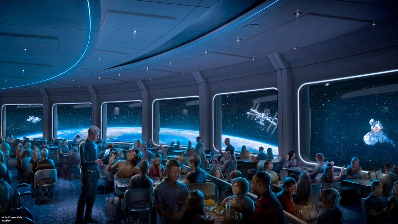 Disney Space 220, il ristorante che vi porta nello spazio thumbnail
