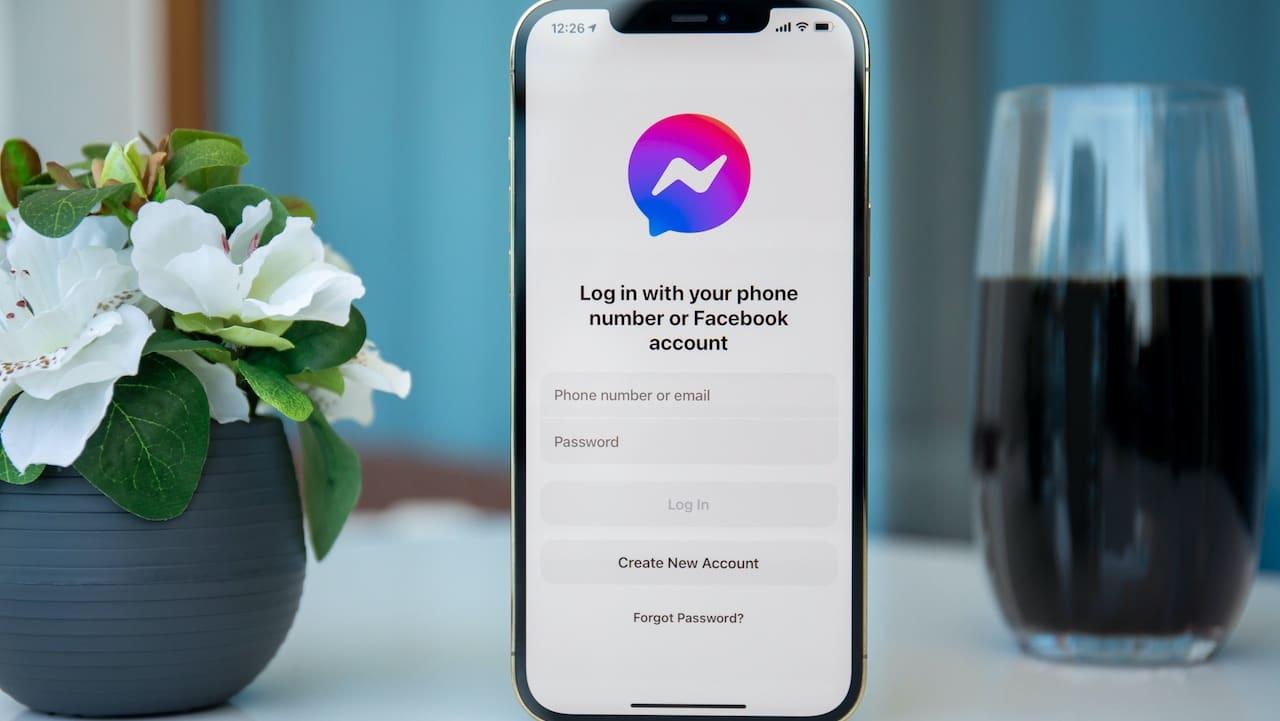 Facebook Messenger compie 10 anni: le novità thumbnail
