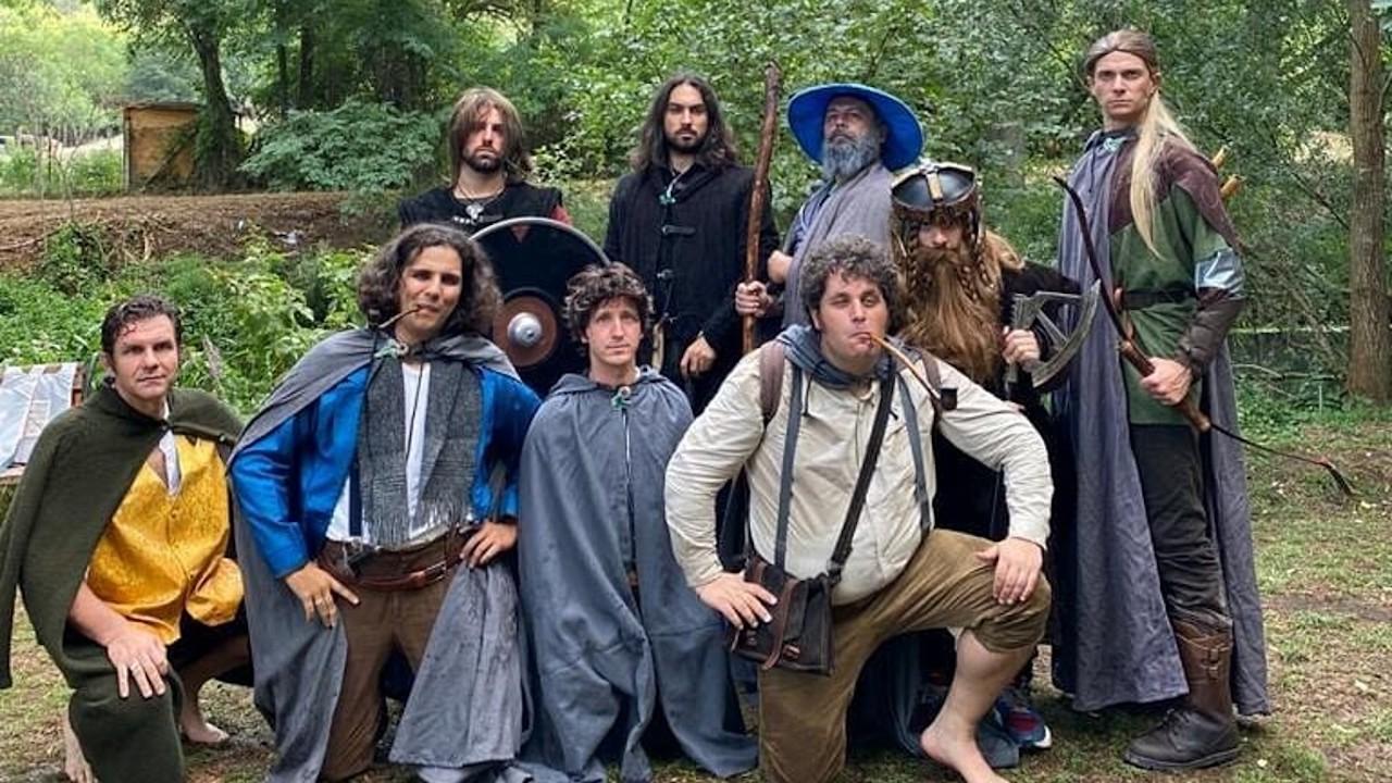 Il viaggio della compagnia di Hobbit verso il Monte Fato thumbnail