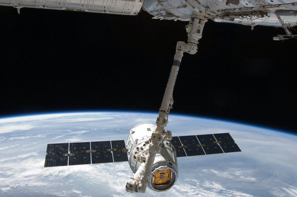 Spacex pubblicità spazio