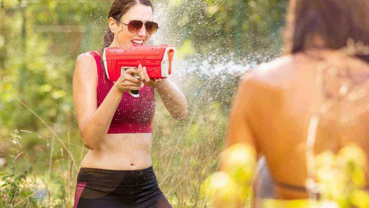 I migliori giochi d'acqua (e gavettoni) per rinfrescare l'estate 2021 thumbnail
