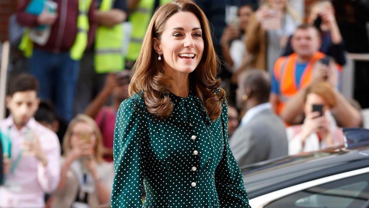 Ora è possibile noleggiare gli abiti di Kate Middleton thumbnail