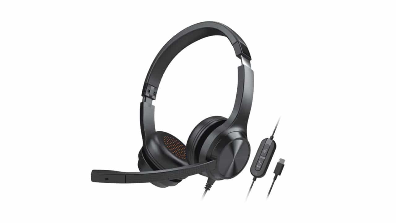 Creative Technology lancia l'headset Creative Chat USB per lo smart working thumbnail
