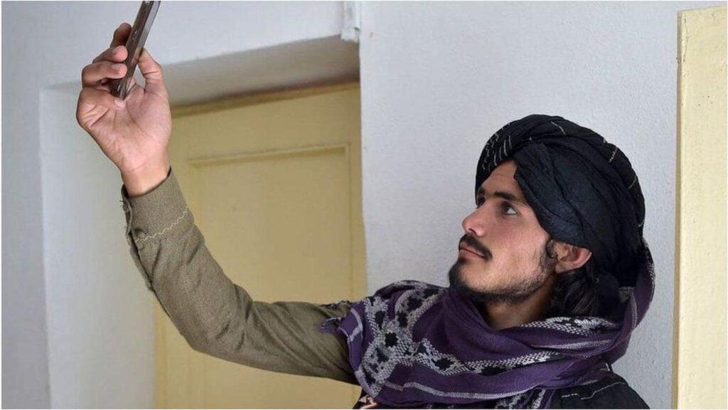 twitter afghanistan talebani ban-min