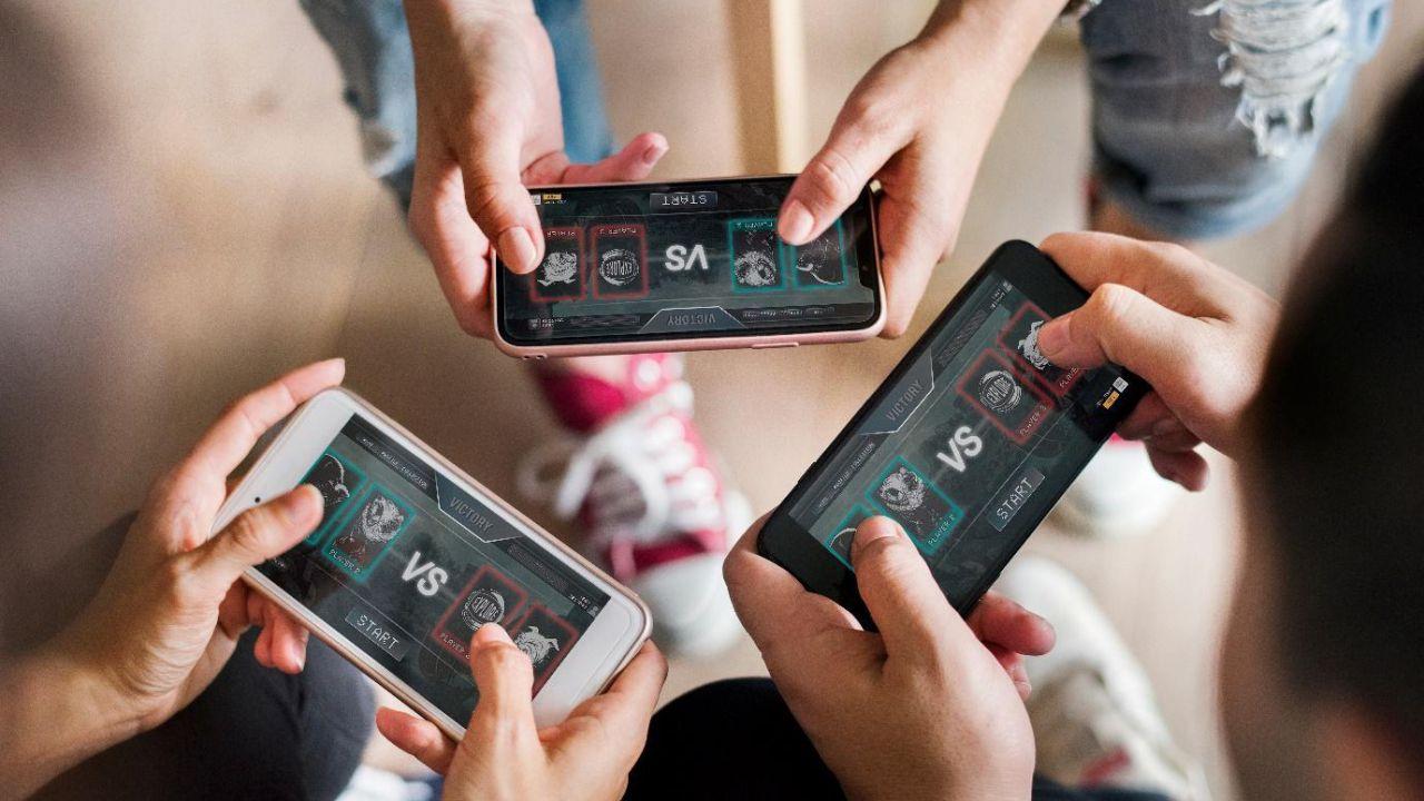 Cina contro i videogiochi: si potrà giocare solo tre ore alla settimana thumbnail