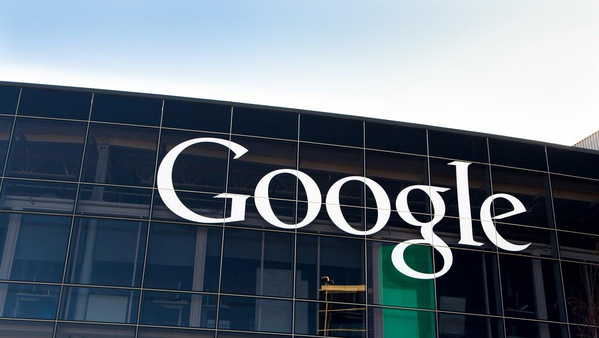 Google compra un edificio a New York per una cifra record di 2,1 miliardi thumbnail