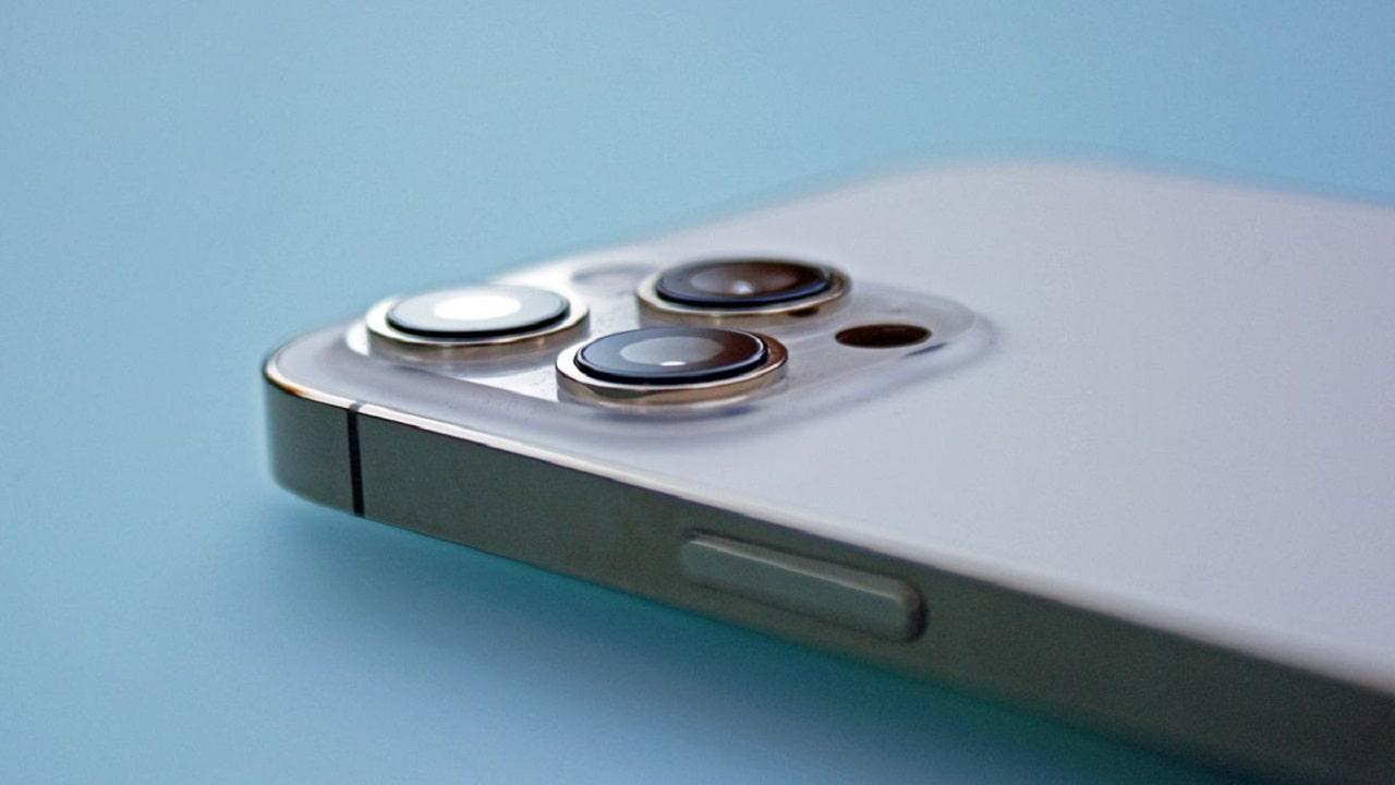 L'iPhone 13 avrà la comunicazione satellitare integrata thumbnail