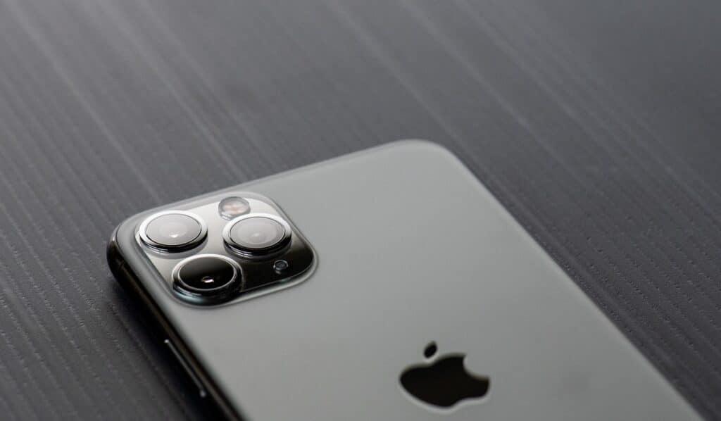 iphone brevetto fotocamera