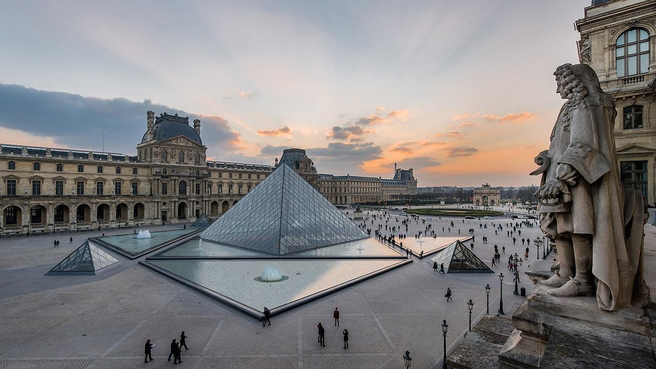 Il Louvre è online thumbnail