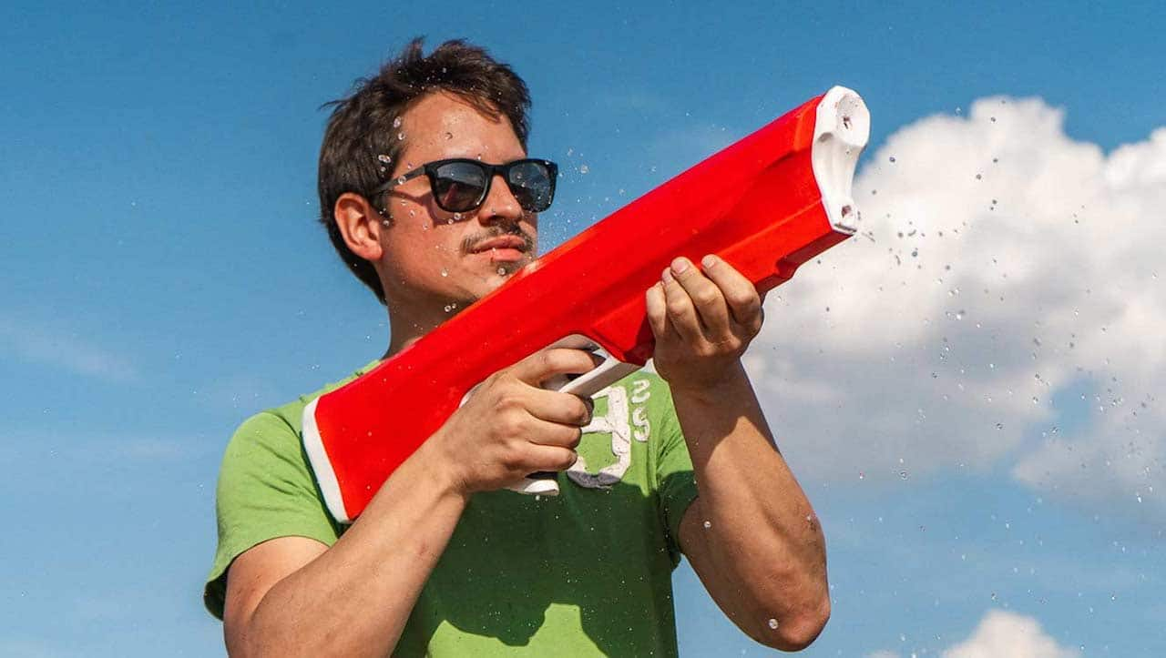 Le migliori pistole ad acqua per l'estate thumbnail