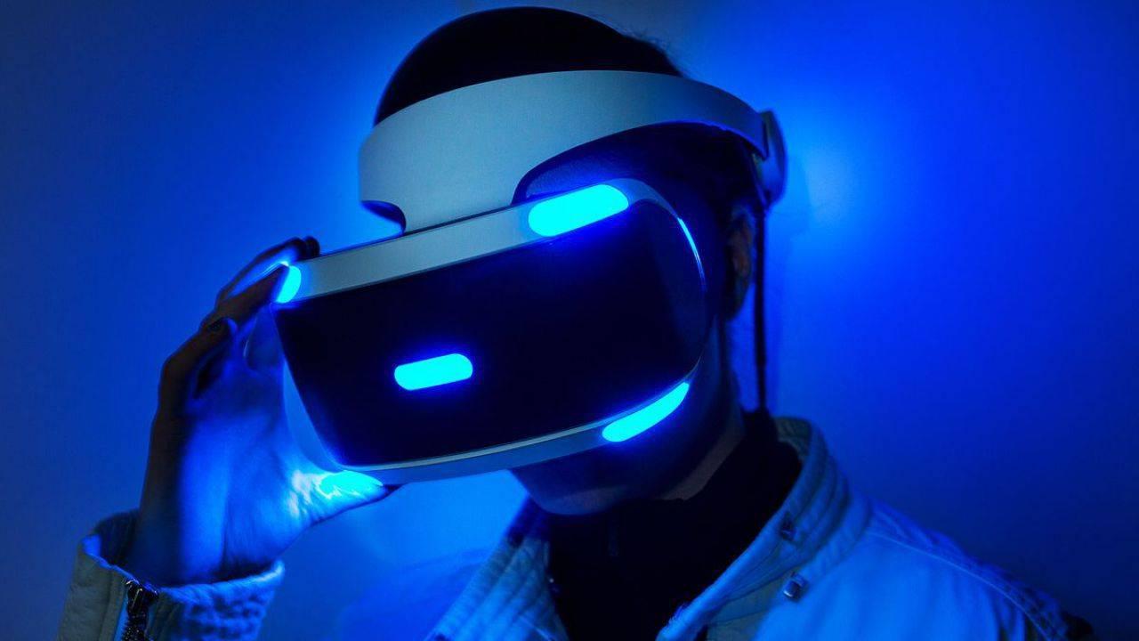 PlayStation VR 2 con schermo OLED e feedback aptico? Ecco i nuovi leak thumbnail