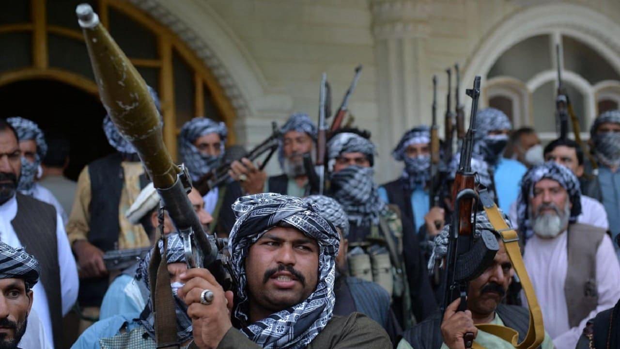 Twitter non bannerà i Talebani, per adesso thumbnail