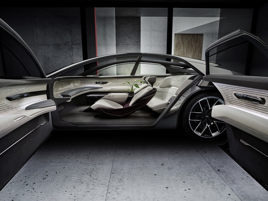 Audi grandsphere interni entrata